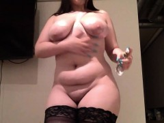 bbw showing her fat booty and rides her toy