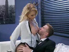 chesty-assistant-alix-lynx-blows-her-hung-boss