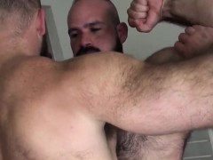 heavy-hairy-bear-cums-during-bareback-fuck