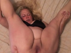 big-bbw-granny-gets-her-assfucked