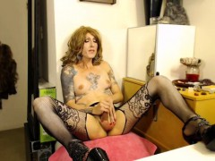 tattooed-shemale-milf-s-satisfying-climax