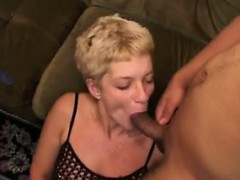 german-chica-eats-a-lot-of-cum-chu-from-dates25com