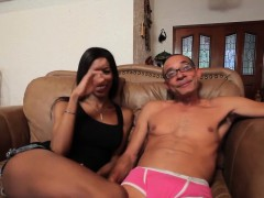 busty-black-tranny-analfucked-in-round-ass
