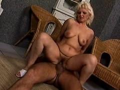 German Granny Janessa From Dates25com