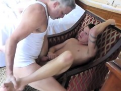big-dick-gay-threesome-with-cumshot