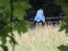 amateur-sex-on-park-bench-meagan-from-dates25com