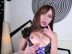Petite Ladyboy Plam In A Sexy Lingeries