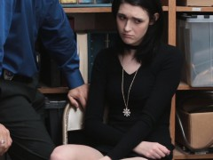 lp-officer-bang-ivy-as-her-punishment