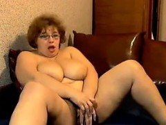 mature-stunners-big-boobs-jiggling