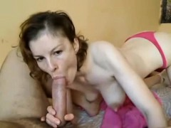 ex-gf-has-a-big-cock-in-her-mouth-on-cam