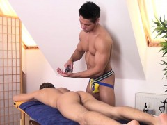 Athletic Twink Mouth Jizzed After Massage