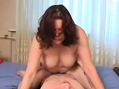 mom-desire-to-fuck-her-son-s-friend