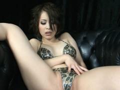 Cum Eating Oriental Amazing Babe Likes Deepthroat