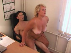 blowjob-blonde-amateur-mature