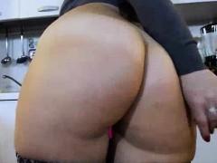 big-ass-busty-brunette-louisa-hot-solo-video