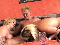 german-threesome-in-hamburg