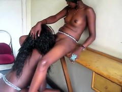 afro babe gives extreme oral pleasure to beautiful black gf