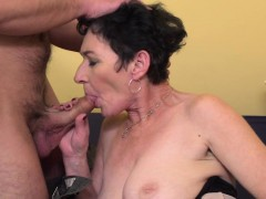 kinky mature lady screwing and blowing