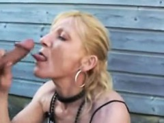 blonde-girl-amateur-threesome-and-facial