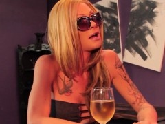 glam-tranny-assfucked-by-lucky-bar-owner