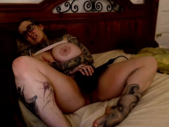 solo-bbw-babe-with-a-hairy-pussy