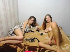 Glam Euro Fetish Lesbians Toying