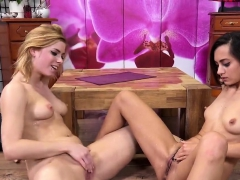 erotic-chick-is-geeting-pissed-on-and-squirts-wet-slit43obr
