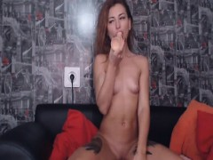 sexy-cam-babe-dildoing-her-wet-pussy