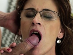 heeled-cougar-gets-cum