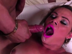 Beautiful Tranny Camilla Loves Anal Sex