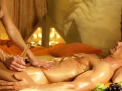 she-jerks-him-with-a-sensual-and-romantic-massage