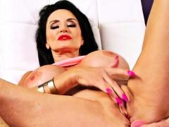 Busty Mature Vixen Fingered Her Wet Cunt