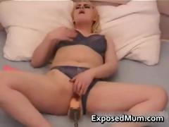 mom-plays-with-huge-pump-part2