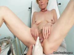 horny-old-housewife-getting-her-large-part3