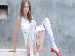 luxury-peening-of-super-thin-girl