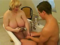 bbw-bathroom-sex