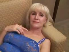 beautifull-granny-in-hot-sex