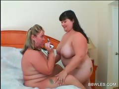 lesbo-bbw-couple-licking-big-hot-boobs
