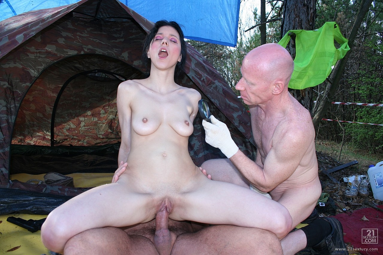 porno-foto-starie-ebutsya