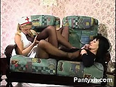 vibrant-chick-pantyhose-blowjob-porn