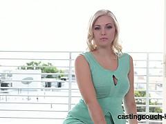 Порно жену пустили по кругу в бане