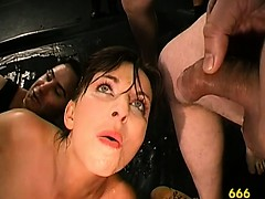 studs-pissing-wildly-on-babe