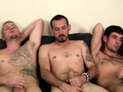 Amateur Group Masturbates Together