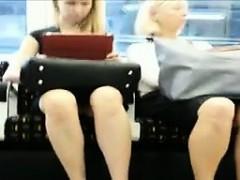 upskirt-on-the-subway