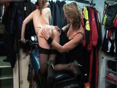 gorgeous-blonde-babe-gets-horny-rubbing-part6