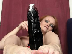 Redhead Female Samantha Juicy Foot And Legs Show