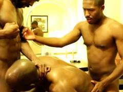 Ebony Muscle Hunks Threeway Action