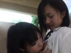 cute-japanese-schoolgirls-being-naughty