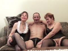 german-old-grandpa-and-grandpa-in-privat-amateur-threesome