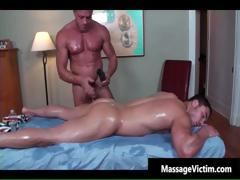 Super Hot Bodied Guy Gets Oiled For Gay Part1